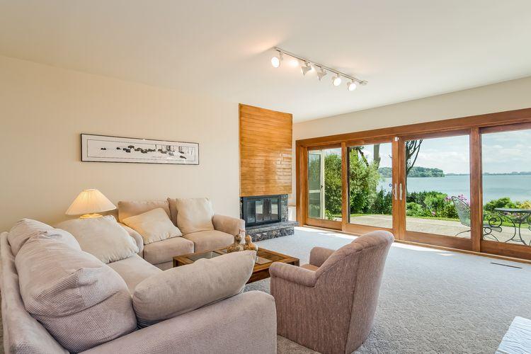 Living Room Photo #20