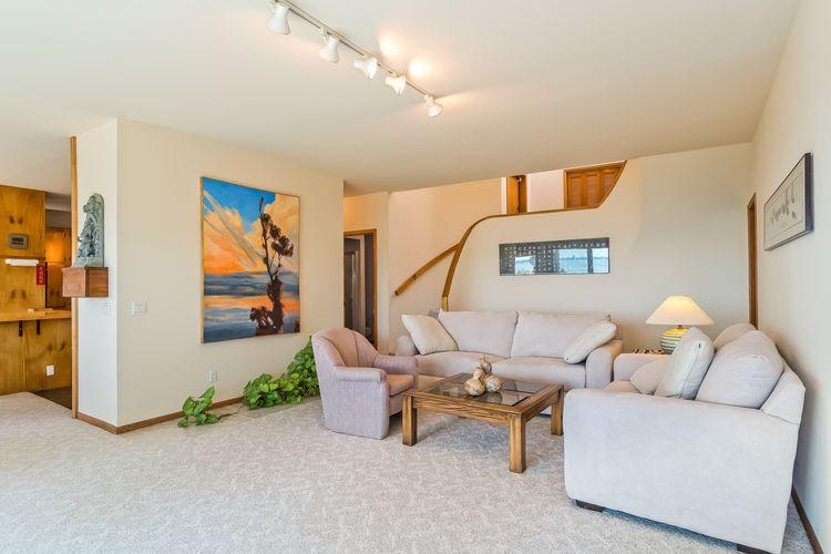 Living Room Photo #21