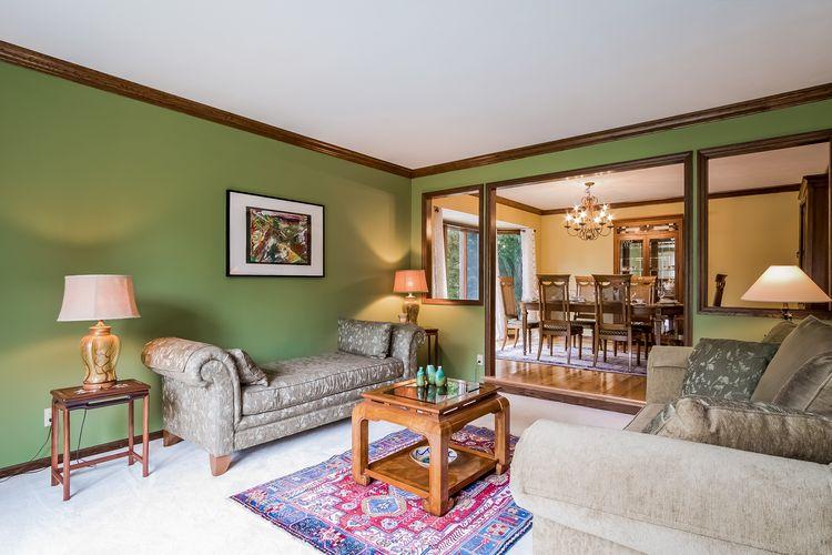 Living Room Photo #18