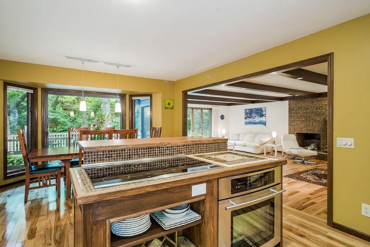 Kitchen Photo #25