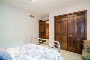 Bedroom Photo 47