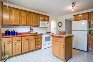 93432 VALLEY WOODS DR Photo 9