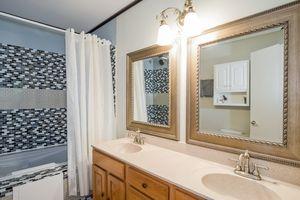 Bathroom1720 TAM O SHANTER TR Photo 33