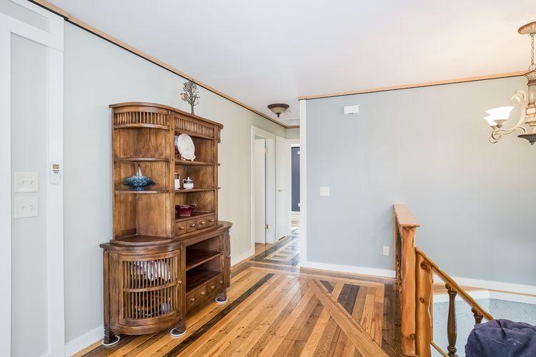 Hallway Photo #36