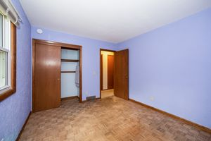 Bedroom6022 MEADOWOOD DR Photo 19