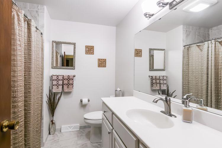 Bathroom Photo #37