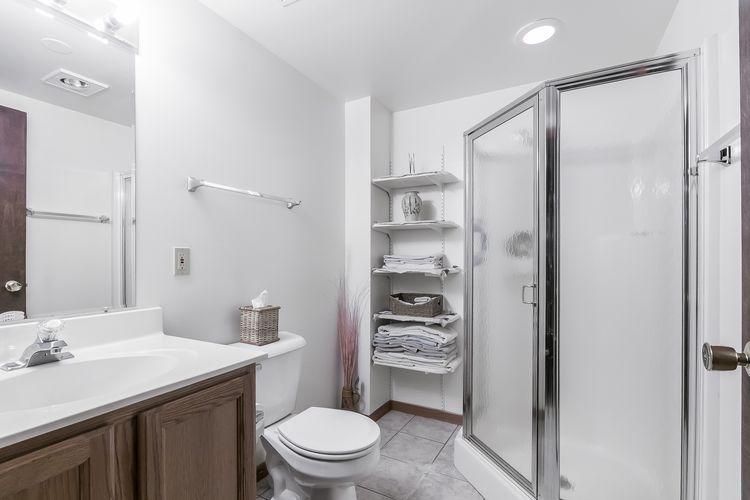 Bathroom Photo #58