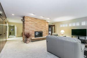 Living Room33 HIAWATHA CIR Photo 6