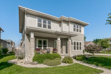 610 LONE OAK LN Madison, WI 53593 - Image