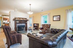 Living Room8510 PRAIRIE HILL RD Photo 13