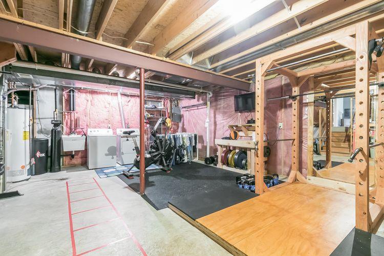 Garage Photo #39
