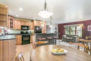 Kitchen3202 CLOVE DR Photo 8