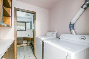 Laundry Room1509 LONGVIEW ST Photo 31