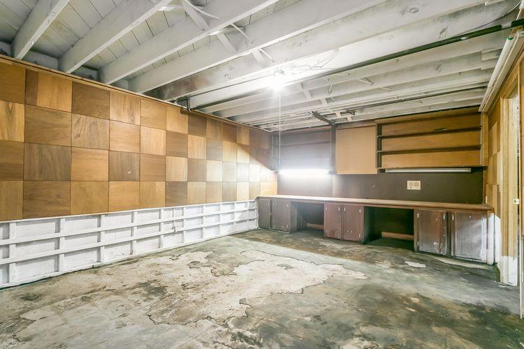 Storage Photo #35