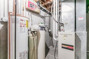 Utility215 E PARKVIEW ST D Photo 29