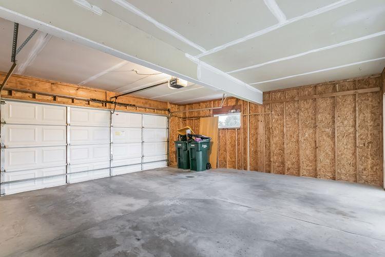 Garage Photo #31