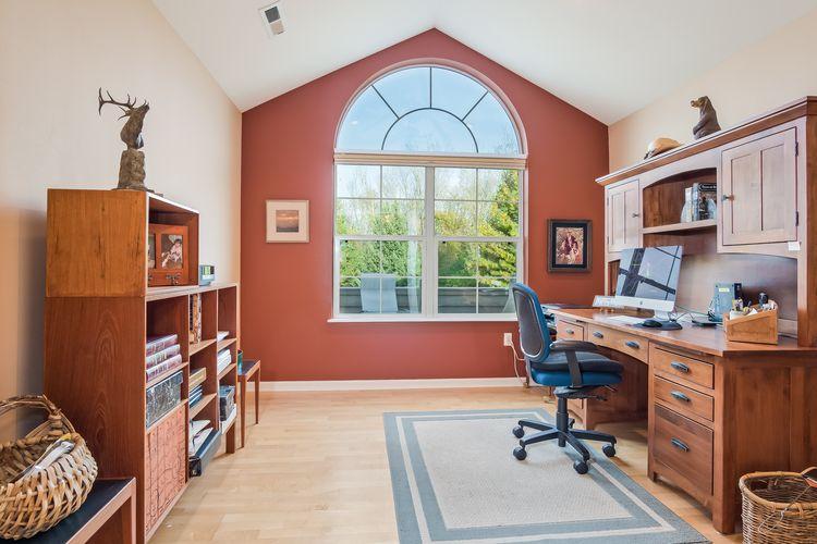 Office Photo #13