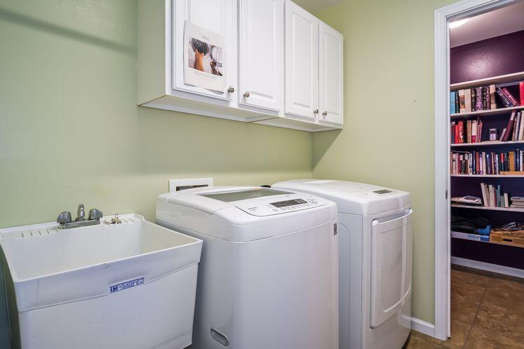 Mud Room / Laundry Room Photo #18