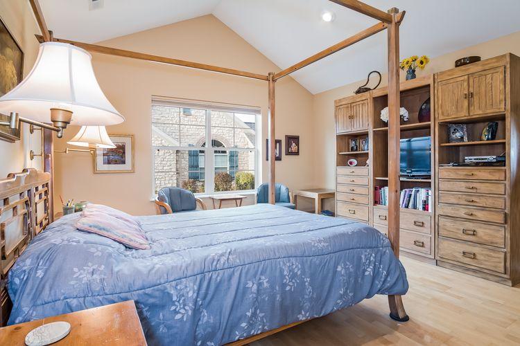 Master Bedroom Photo #20