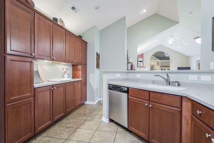 Kitchen Photo #36