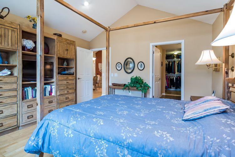 Master Bedroom Photo #38