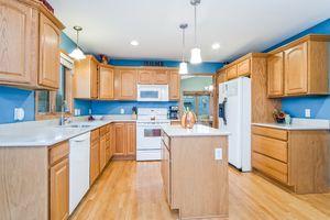Kitchen237 N Westmount Dr Photo 17