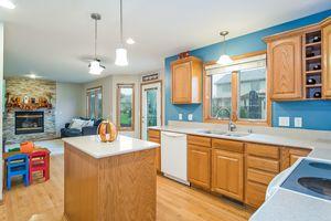 Kitchen237 N Westmount Dr Photo 19