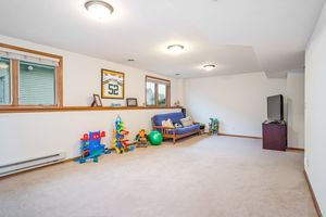 Family Room237 N Westmount Dr Photo 25