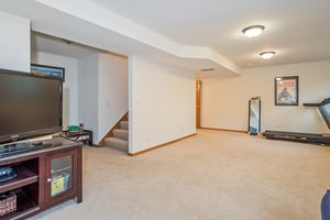 Family Room237 N Westmount Dr Photo 27