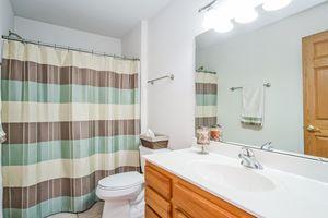 Bathroom237 N Westmount Dr Photo 46