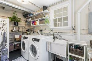 Laundry Room4011 WINNEMAC AVE Photo 30