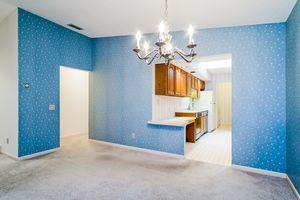 Kitchen1525 GOLF VIEW RD G Photo 10