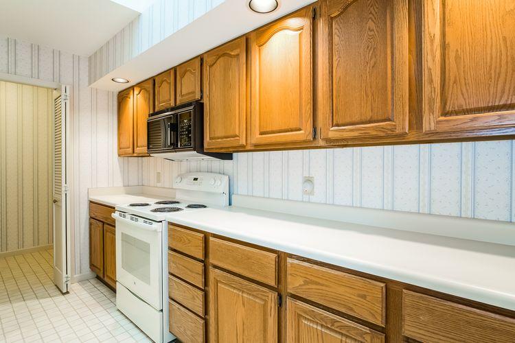Kitchen Photo #11