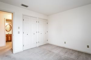 Bedroom1525 GOLF VIEW RD G Photo 26