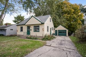 24610 Maher Ave Photo 2