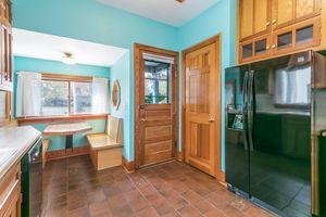 Kitchen610 S DICKINSON ST Photo 14