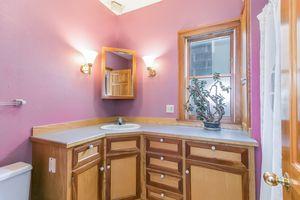Bathroom610 S DICKINSON ST Photo 18