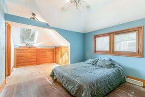 Master Bedroom610 S DICKINSON ST Photo 20