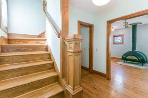 Foyer610 S DICKINSON ST Photo 30