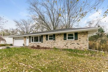 5589 Cheryl Dr Fitchburg, WI 53711 - Image 1