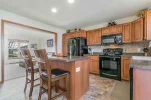 Kitchen4377 Singel Way Photo 17