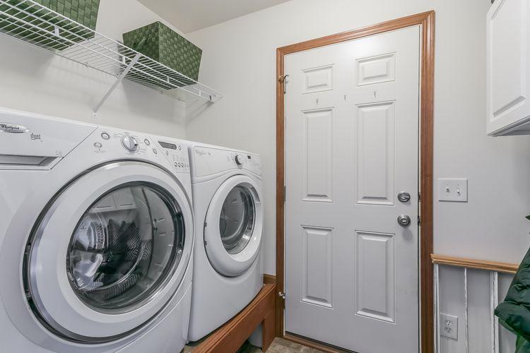 Laundry Room Photo #37