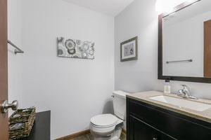 Bathroom4377 Singel Way Photo 41