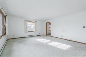 Living Room1514 Homberg Ln Photo 10