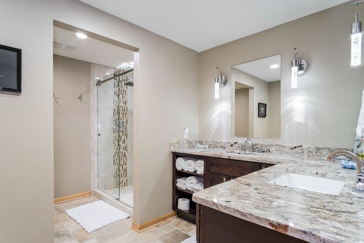 Bathroom Photo #42