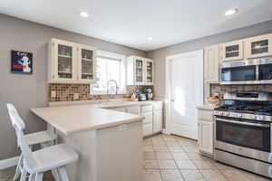 Kitchen3722 Woodstone Dr Photo 14