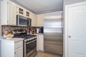 Kitchen3722 Woodstone Dr Photo 15