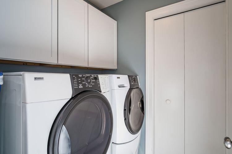 Laundry Room Photo #20