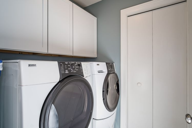 Laundry Room Photo #20