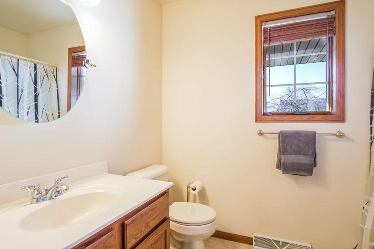 Bathroom Photo #23